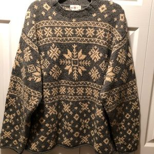 J. Crew-heavy weight 100% wool sweater 😊